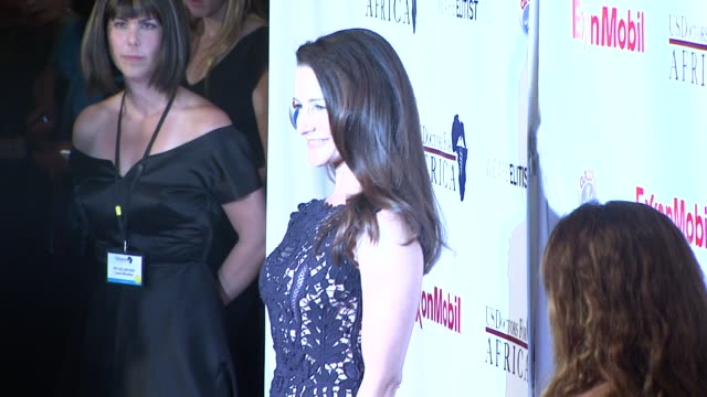 kristin davis at the us doctors for africa honors the first ladies of africa at beverly hills ca - kristin davis stock videos and b-roll footage