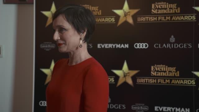 kristin scott thomas at evening standard british film awards at claridge's hotel on february 8, 2018 in london, england. - 映画賞点の映像素材/bロール