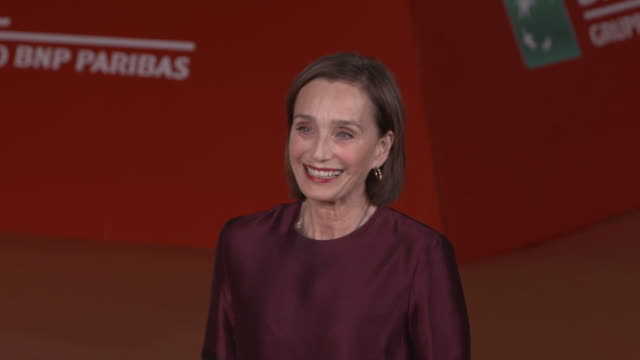 kristin scott thomas at 'the english patient - il paziente inglese' red carpet - 11th rome film festival on october 22, 2016 in rome, italy. - the english patient点の映像素材/bロール