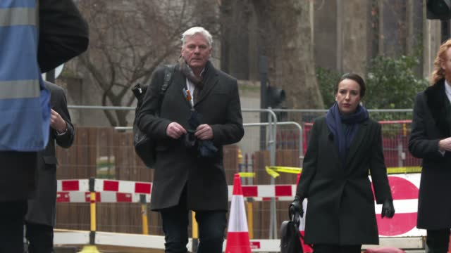 kristinn hrafnsson, editor-in-chief of wikileaks and julian assange's girlfriend stella moris arrive as julian assange is taken to the old bailey on... - crime or recreational drug or prison or legal trial stock videos & royalty-free footage