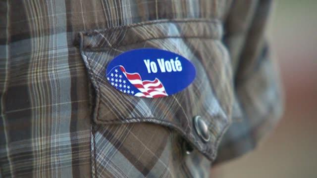 vidéos et rushes de people voting in san diego - démocratie