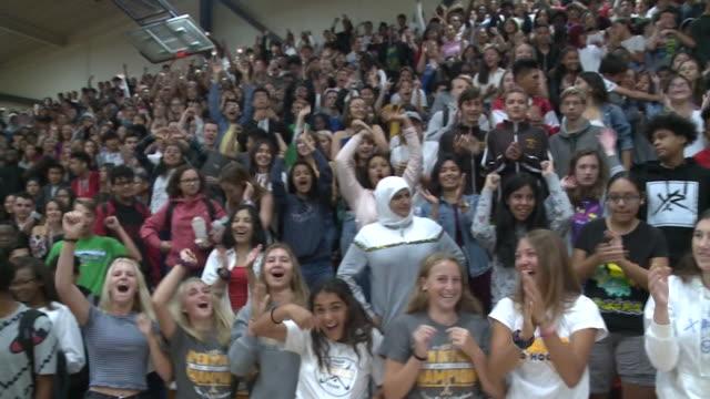 pep rally at san diego high school - bildungseinrichtung stock-videos und b-roll-filmmaterial