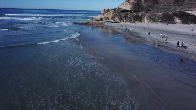 how far is corona del mar from newport beach