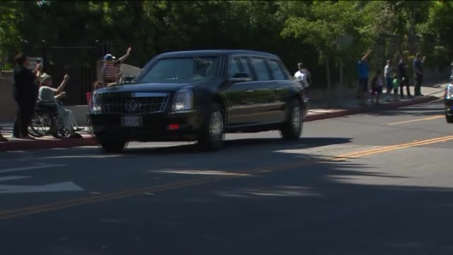 ppresident barack obama's motorcade in los angeles - president stock videos & royalty-free footage