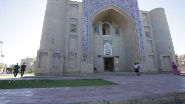 kukeldash madrasah, lyab-i hauz ensemble, bukhara, uzbekistan - bukhara stock videos and b-roll footage