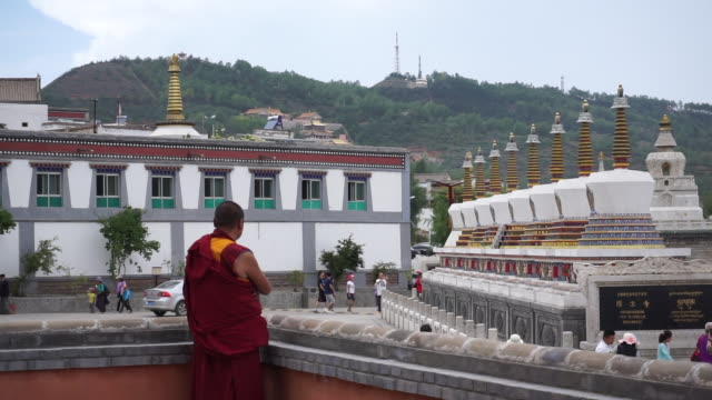 kumbum monastery is one of the two most important tibetan buddhist monasteries outside tibet. in order to commemorate tsong khapa , founder of the... - tibet stock videos & royalty-free footage