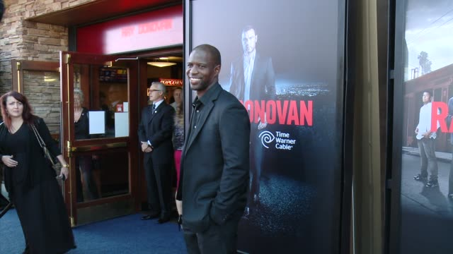 kwame patterson at showtime and time warner cable celebrate season two of ray donovan in los angeles ca - showtime video stock e b–roll