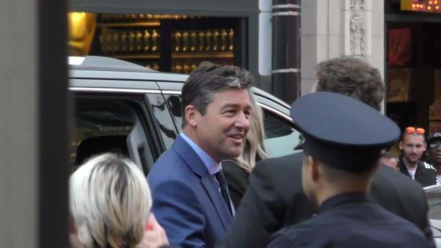 kyle chandler arrives at the catch-22 premiere at tcl chinese theatre in hollywood in celebrity sightings in los angeles, - tcl chinese theatre stock videos & royalty-free footage