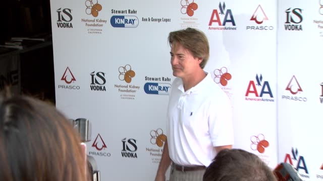 kyle maclachlan at the 2nd annual national kidney foundation celebrity golf classic at toluca lake ca. - toluca lake stock videos & royalty-free footage