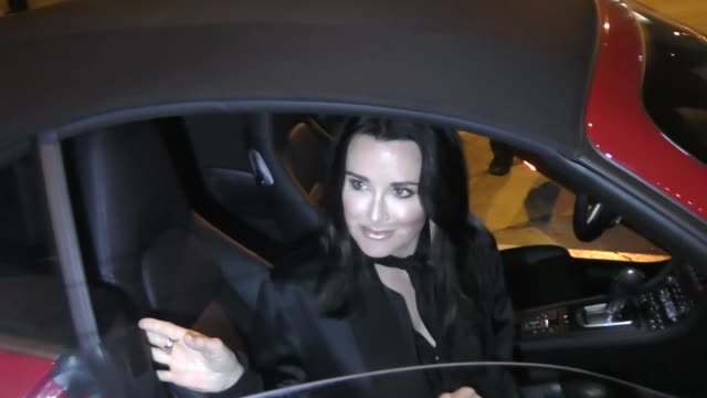 INTERVIEW Kyle Richards comments on the dog bite lawsuit after dinner with her husband Mauricio Umansky at Craig's in West Hollywood in Celebrity...