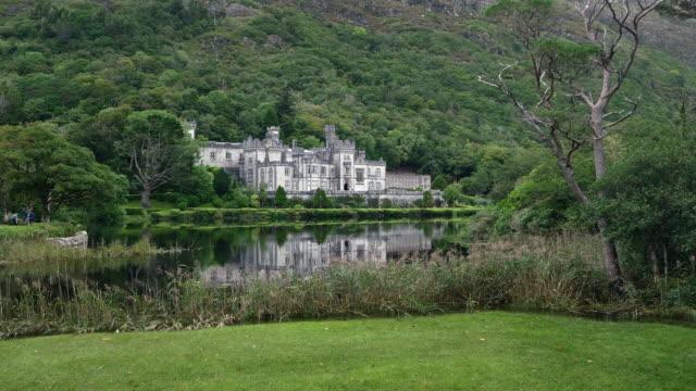 Abadía de Kylemore en el distrito de Connemara, en Irlanda