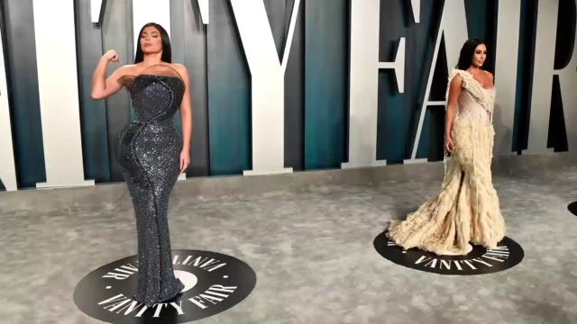 kylie jenner and kim kardashian attend the 2020 vanity fair oscar party hosted by radhika jones at wallis annenberg center for the performing arts on... - vanity fair oscar party stock videos & royalty-free footage