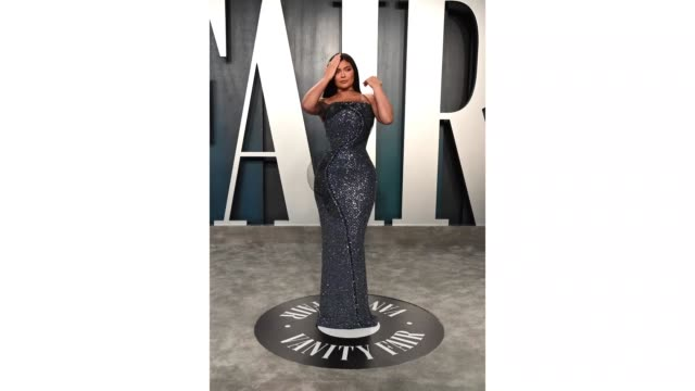 kylie jenner attends the 2020 vanity fair oscar party hosted by radhika jones at wallis annenberg center for the performing arts on february 09, 2020... - vanity fair oscar party stock videos & royalty-free footage