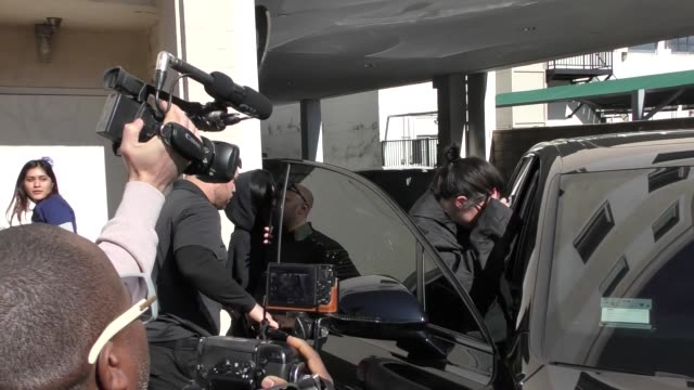 kylie jenner covers up from the paparazzi in beverly hills in celebrity sightings in los angeles, - paparazzi photographer stock videos & royalty-free footage