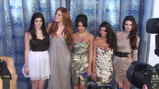 kylie jenner, khloe kardashian, kim kardashian, kourtney kardashian and kendall jenner at the 2011 people's choice awards - arrivals at los angeles... - people's choice awards stock videos & royalty-free footage