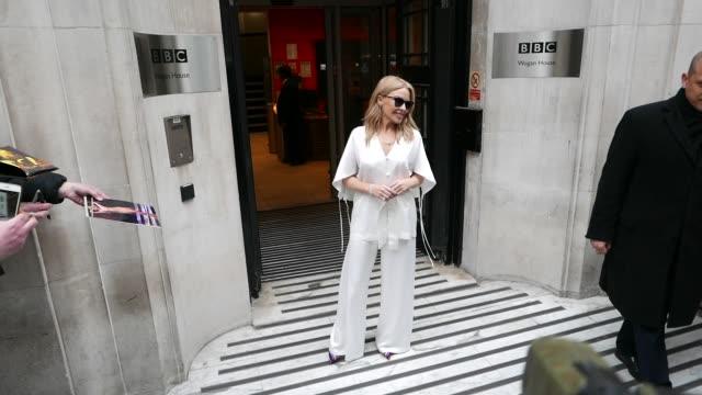 vídeos y material grabado en eventos de stock de kylie minogue leaving bbc radio 2 at celebrity sightings in london on may 03, 2019 in london, england. - bbc radio