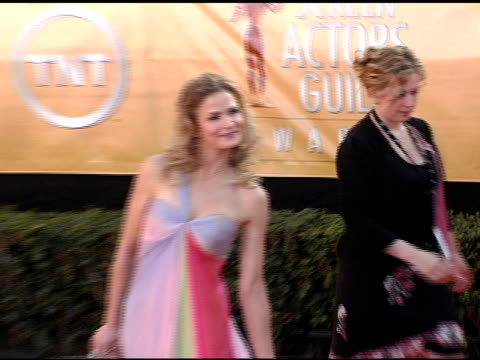 Kyra Sedgwick at the 2005 Screen Actors Guild SAG Awards Arrivals at the Shrine Auditorium in Los Angeles California on February 5 2005