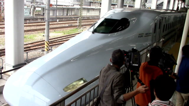 kyushu railway co resumed shinkansen bullet train services between hakata station in fukuoka and kumamoto station in kumamoto on april 23 japan for... - kyushu shinkansen stock videos and b-roll footage