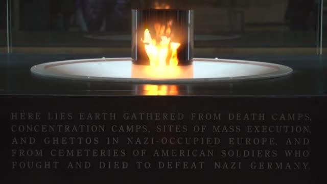 la academica estadounidense suzanne brown fleming una de los primeros historiadores e investigadores que podran acceder a los archivos del vaticano... - nazismo stock videos & royalty-free footage
