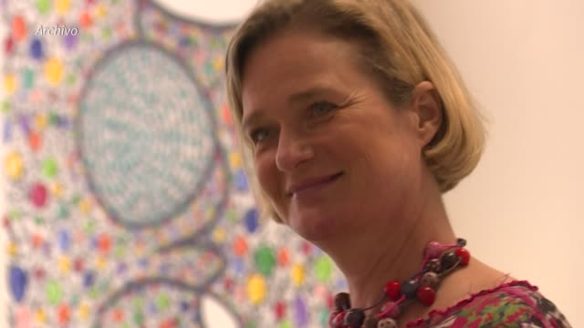 la artista belga delphine boel, reconocida recientemente como la cuarta hija del exrey alberto ii tras un examen de adn, tiene derecho al título de... - adn bildbanksvideor och videomaterial från bakom kulisserna