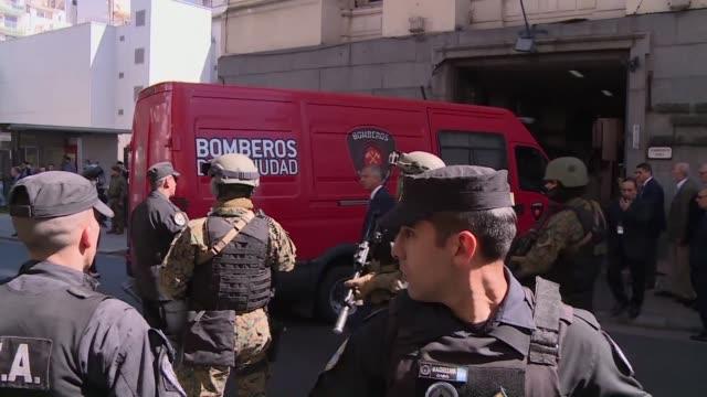 vídeos de stock, filmes e b-roll de la autopsia del cuerpo hallado en un rio del sur de argentina que podria ser del activista desaparecido santiago maldonado se realizara el viernes - autopsia
