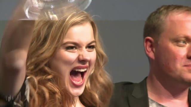 La danesa Emmelie de Forest de solo 20 anos fue la ganadora del concurso Eurovision de la cancion realizado este fin de semana en Suecia VOICED...
