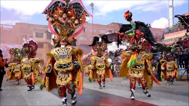La danza de la Diablada abrio este sabado el festival folclorico de Oruro la mayor fiesta de Bolivia y patrimonio de la Unesco en el inicio de...