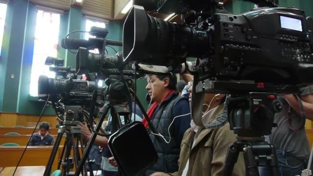 la defensa de los ecuatorianos que enjuiciaron a chevron por danos ambientales pidio el miercoles a la justicia de eeuu suspender un fallo en ese... - ecuadorian ethnicity stock videos & royalty-free footage