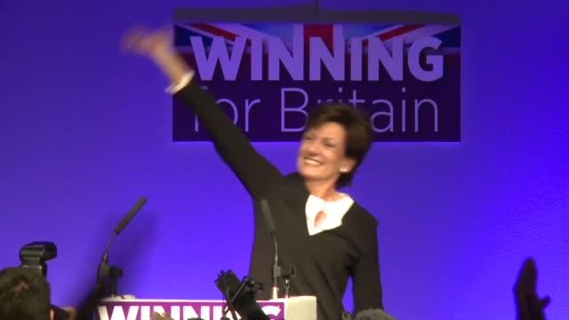 la eurodiputada diane james fue elegida el viernes nueva lider del partido para la independencia del reino unido con tendencia antieuropea y... - diane james politik stock-videos und b-roll-filmmaterial