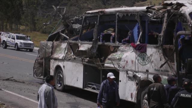 la fiscalia de colombia encontro al menos 80 kilos de cocaina en el autobus turistico que se accidento el martes en las afueras de quito dejando 23... - ecuador stock videos & royalty-free footage