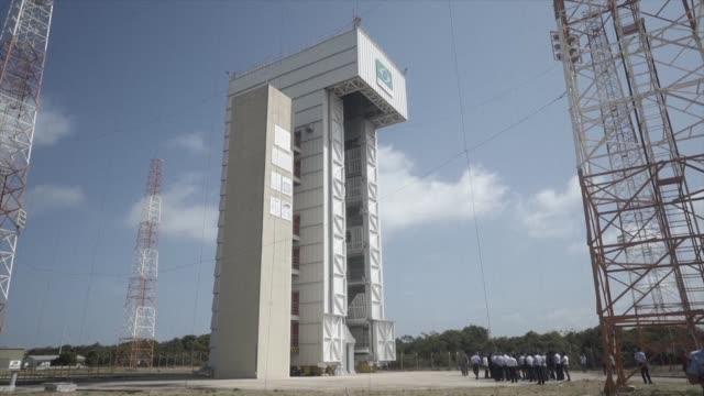 la fuerza aerea de brasil pretende que su centro de lanzamientos de satelites alcantara en el norte del pais pueda utilizarse comercialmente a partir... - centro comercial stock videos & royalty-free footage