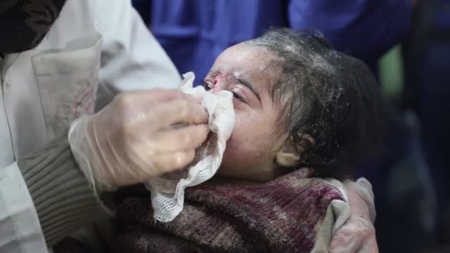 la guerra en siria ha causado mas de 350000 muertos en siete anos segun el observatorio sirio de derechos humanos - guerra civil stock videos and b-roll footage