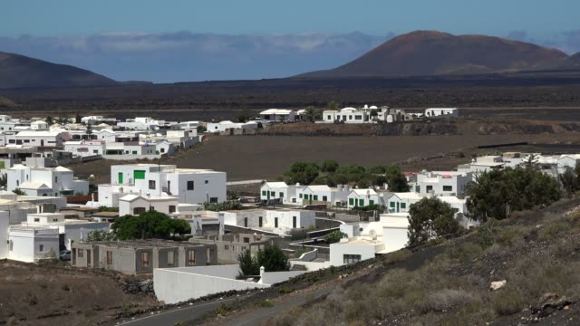 la hoya, lanzarote, canary islands, spain, atlantic, europe - atlantic islands stock videos & royalty-free footage