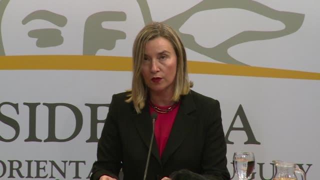 vídeos y material grabado en eventos de stock de la jefa de la diplomacia europea federica mogherini hizo un llamado a realizar un proceso electoral creíble en venezuela y una entrega urgente de... - diplomacia