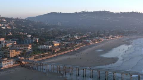 vidéos et rushes de plage de la jolla en californie côte antenne - san diego