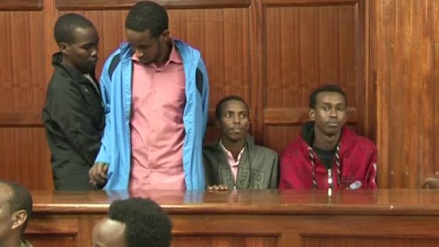 la justicia de kenia inculpo este lunes a cuatro somalies por el ataque al centro comercial westgate de nairobi en septiembre en el que murieron 67... - centro comercial stock videos & royalty-free footage
