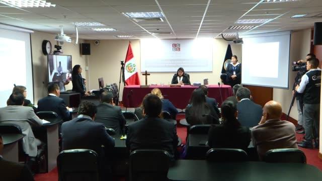 La justicia peruana condeno el martes al exgobernador de la region andina de Ancash Cesar Alvarez a ocho anos y tres meses de carcel por recibir...