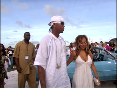 La La and Carmelo Anthony Arrive to the 2005 MTV Video Music Awards Red Carpet