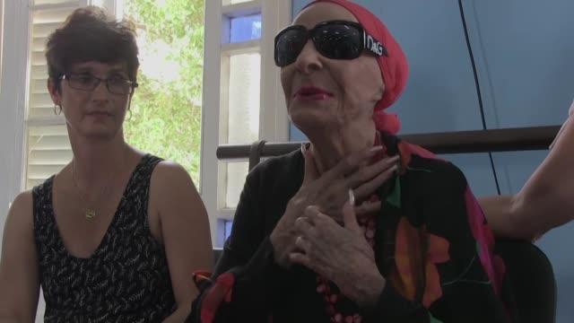 la legendaria bailarina cubana alicia alonso fallecio el jueves en la habana a los 98 anos por un fallo cardiaco informo el ballet nacional de cuba - bailarina stock videos & royalty-free footage