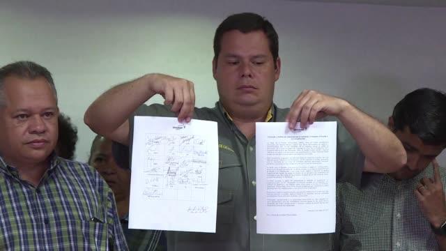 la oposicion venezolana decidio el miercoles no presentar candidatos para la asamblea nacional constituyente convocada por el presidente nicolas... - acanthaceae stock videos & royalty-free footage