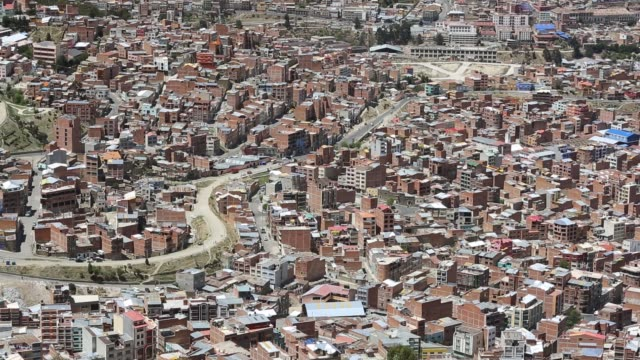 la paz bolivia la paz will probably be the first capital city in the world that will have to be largely abandoned due to lack of water it relies... - population explosion stock videos & royalty-free footage