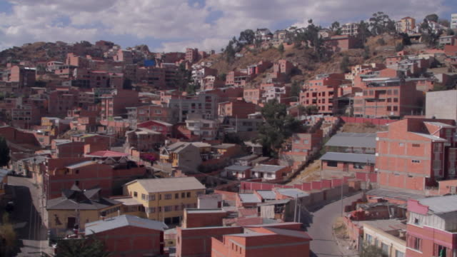 la paz cable car - la paz region la paz stock-videos und b-roll-filmmaterial