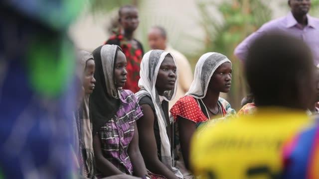 La poblacion de Nyal en Sudan del Sur ha quedado a salvo de los horrores de la guerra pero la escasez de alimentos y las enfermedades hacen estragos