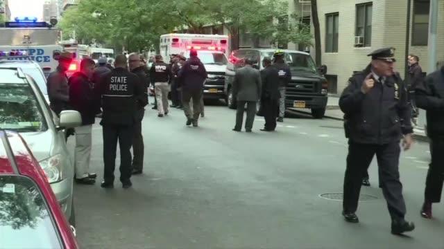 vídeos y material grabado en eventos de stock de la policia de estados unidos informo el viernes que arresto en florida a un sospechoso de enviar al menos 12 paquetes con presuntas bombas dirigidos... - ee.uu