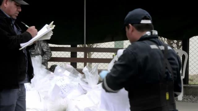 la policia de peru incinera mas de 8 toneladas de cocaina de las cuales 76 pertenecen a la mayor incautacion en la historia del pais - recreational drug stock videos & royalty-free footage