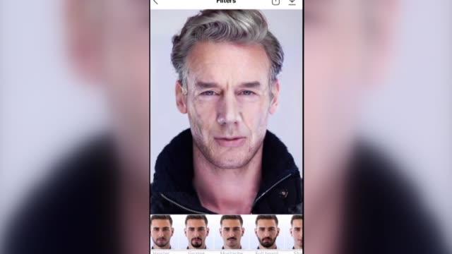 vídeos y material grabado en eventos de stock de la popular aplicacion faceapp creada en rusia y que permite a los usuarios estimar como se veran a medida que envejecen es objeto de controversia en... - ee.uu