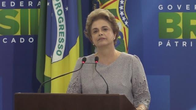 la presidenta de brasil dilma rousseff aseguro el martes que no renunciara a su cargo e insistio en que el proceso de destitucion que adelanta el... - congreso stock videos and b-roll footage