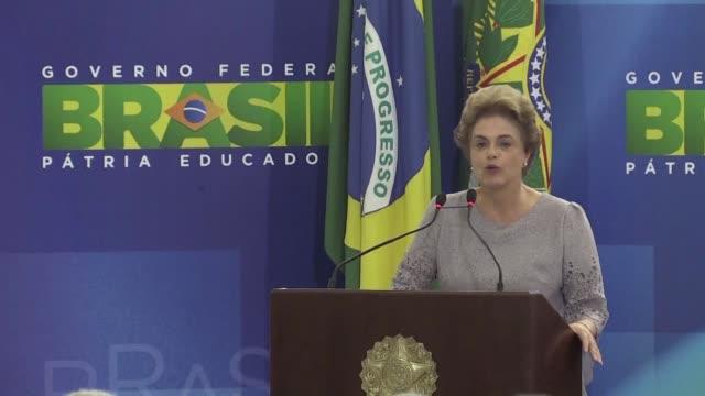 la presidenta de brasil dilma rousseff reafirmo que no renunciara a su cargo tras renovar su denuncia segun la cual el proceso de destitucion que... - congreso stock videos and b-roll footage