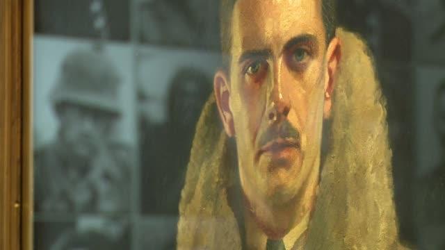la primera guerra mundial fue el primer conflicto de la humanidad cubierto en foto cine o radio arrinconando al retrato tradicional que vuelve a... - vida guerra bildbanksvideor och videomaterial från bakom kulisserna