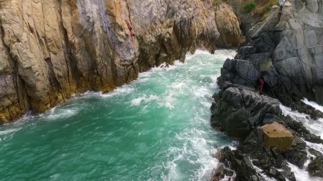 La Quebrada Dive